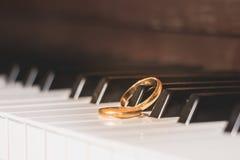 Wedding rings piano key Stock Photos