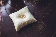 Wedding rings on the pillow Royalty Free Stock Photo