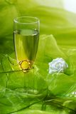 Wedding rings and rose Royalty Free Stock Photos
