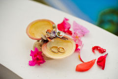Wedding rings in the shells with the words of Boracay, Philippines. Wedding in the tropics, concept Royalty Free Stock Photos