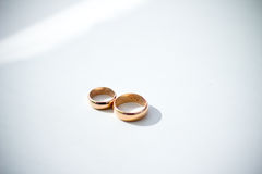 Wedding rings on white Royalty Free Stock Photography