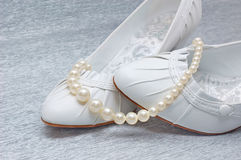 Wedding shoes with pearls Royalty Free Stock Images