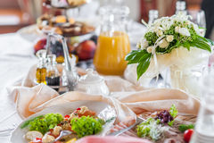Wedding table decorations. Table set for a wedding dinner Royalty Free Stock Images