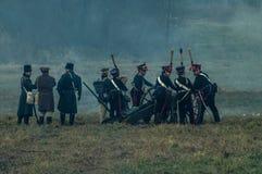 Wederopbouw van de historische slag tussen de de Rus en troepen van Napoleon van de Russische stad van Maloyaroslavets Stock Foto's