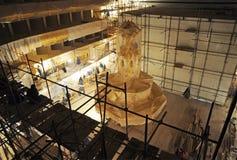 Wederopbouw van de zaal van Bolshoi-theater, Hoofdkroonluchter Royalty-vrije Stock Afbeeldingen