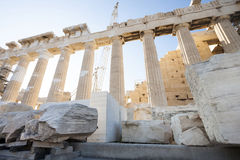 Wederopbouw van Parthenon in Atheense Akropolis Stock Foto's