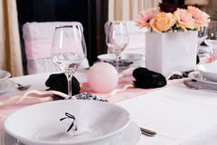 Weeding Interior XIII. Table set for a wedding dinner Royalty Free Stock Photos