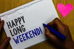 Week-end heureux des textes d'écriture long Signification de concept souhaitant à quelqu'un le voyage heureux de vacances au tex  Photographie stock libre de droits