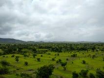 Weelderig groen landschap in Satara royalty-vrije stock afbeelding
