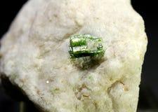 Weelderig Groen pargasitespecimen van Pakistan stock fotografie