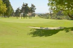 Weelderige golfcursus Stock Foto's