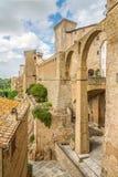 Weergeven bij het oude aquaduct in Pitigliano - Italië royalty-vrije stock foto