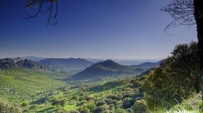 Weergeven dichtbij Mirador Puerto del Boyar op a-372 tussen Gr Bosque en Grazalema, in de Si?rra het Natuurreservaat van DE Graza royalty-vrije stock fotografie
