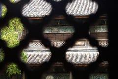 Weergeven door bakstenen van een tempel in het dorp van Baisha, Lijiang, Yunnan, China stock afbeelding