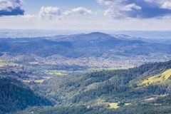 Weergeven naar Sonoma-Vallei van Sugarloaf Ridge State Park, Sonoma-Provincie, Californië stock foto's