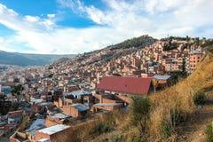 Weergeven op de stad van La Paz in Bolivië stock foto's