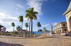 Weergeven op oude huizen van de stad Trinidad, Cuba stock foto's