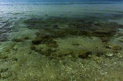 Weergeven op overzees oceaan zout water en bodemvloer stock fotografie