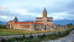 Weergeven van Alaverdi-Klooster - Georgisch Oostelijk Orthodox klooster stock foto's