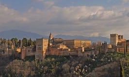 Weergeven van Alhambra Palace in Granada, Spanje royalty-vrije stock foto's