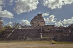 Weergeven van astronomisch waarnemingscentrum van Chichen Itza 3 royalty-vrije stock fotografie