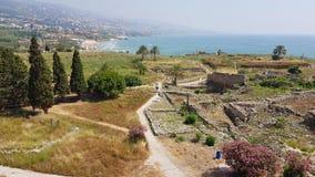 Weergeven van de archeologische uitgravingen van Byblos van het Kruisvaarderkasteel Byblos, Libanon royalty-vrije stock afbeelding