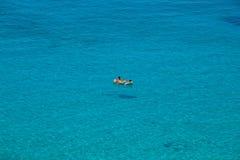 Weergeven van de beroemdste overzeese plaats van Lampedusa, Spiaggia-deiconigli stock fotografie