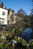 Weergeven van de brug in Market Place in Frome Somerset royalty-vrije stock foto