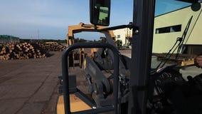 Weergeven van de cabine van de bulldozer in motie stock footage