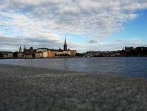 Weergeven van de historycal oude stad van Stockholm stock foto's
