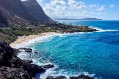 Weergeven van de oceaan het Puntvooruitzicht van u die van van Makapu wordt gezien ?in Hawa?, de V.S. stock fotografie