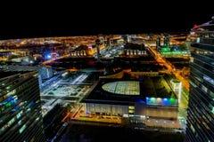Weergeven van de stad van Astana bij nacht van wolkenkrabber royalty-vrije stock fotografie
