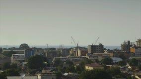 Weergeven van de stad van Conakry van land, Guinea stock footage