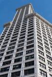 Weergeven van de straat van Smith Tower in Seattle, Washington, de V.S. stock afbeeldingen