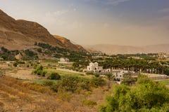 Weergeven van de vallei van de rivier Jordanië in de buurt van de oude stad van Jericho Palestijns Cisjordanië stock afbeelding