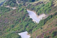 Weergeven van de weg van het Vooruitzicht van Bennetts Bluff, Meer Wakatipu, Nieuw Zeeland royalty-vrije stock afbeeldingen