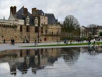 Weergeven van het middeleeuwse kasteel van de hertogen van Breton, Nantes, Frankrijk stock foto
