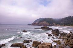 Weergeven van Indisch Strand, Ecola-het park van de staat Oregon stock afbeeldingen