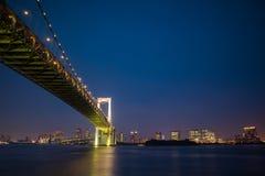 Weergeven van Odaiba bij nacht Lange Blootstelling De richtlijn van het landschap royalty-vrije stock afbeeldingen