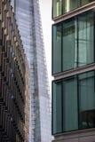 Weergeven van verscheidene architecturale van Bedrijfs Londen gebouwen dichtbij het Stadhuis stock fotografie