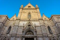 Weergeven van voorgevel de historische kerk Duomo Di San Gennaro van Napels royalty-vrije stock foto