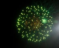 Weergeven van vuurwerk, vakantievuurwerk stock afbeelding