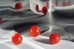 Weerspiegelde 3D rode ballen Royalty-vrije Stock Afbeelding