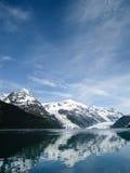 Weerspiegelende gletsjers van Prins William Sound in Alaska Stock Fotografie