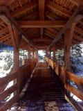 Weg über dem Fluss Stockfoto