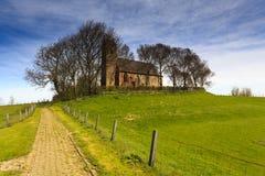 Weg aan een oude kerk Royalty-vrije Stock Foto