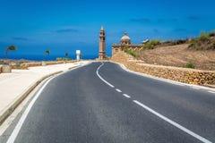 Weg aan kerk in Gharb op Gozo-Eiland, Malta Stock Foto's