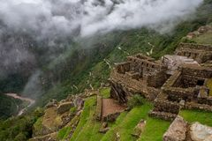 Weg aan Macchu Picchu zoals die van de citadel zelf op 15 maart 2019 wordt gezien royalty-vrije stock foto's