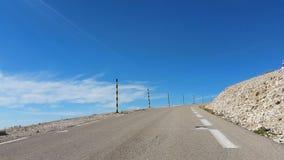 Weg aan Mont Ventoux in de Provence, Frankrijk stock videobeelden