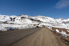 Weg aan Nevado-Vallei in Chili Zuid-Amerika stock fotografie